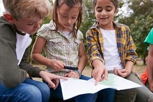 map-use-by-kids-by-monkeybusinessimages-istock-300x-min.jpg