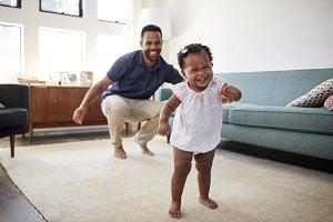 xtoddler-girl-walking-dad-monkeybusinessimages-istock-300x-min.jpg.pagespeed.ic.qhqG4jCFa-.jpg